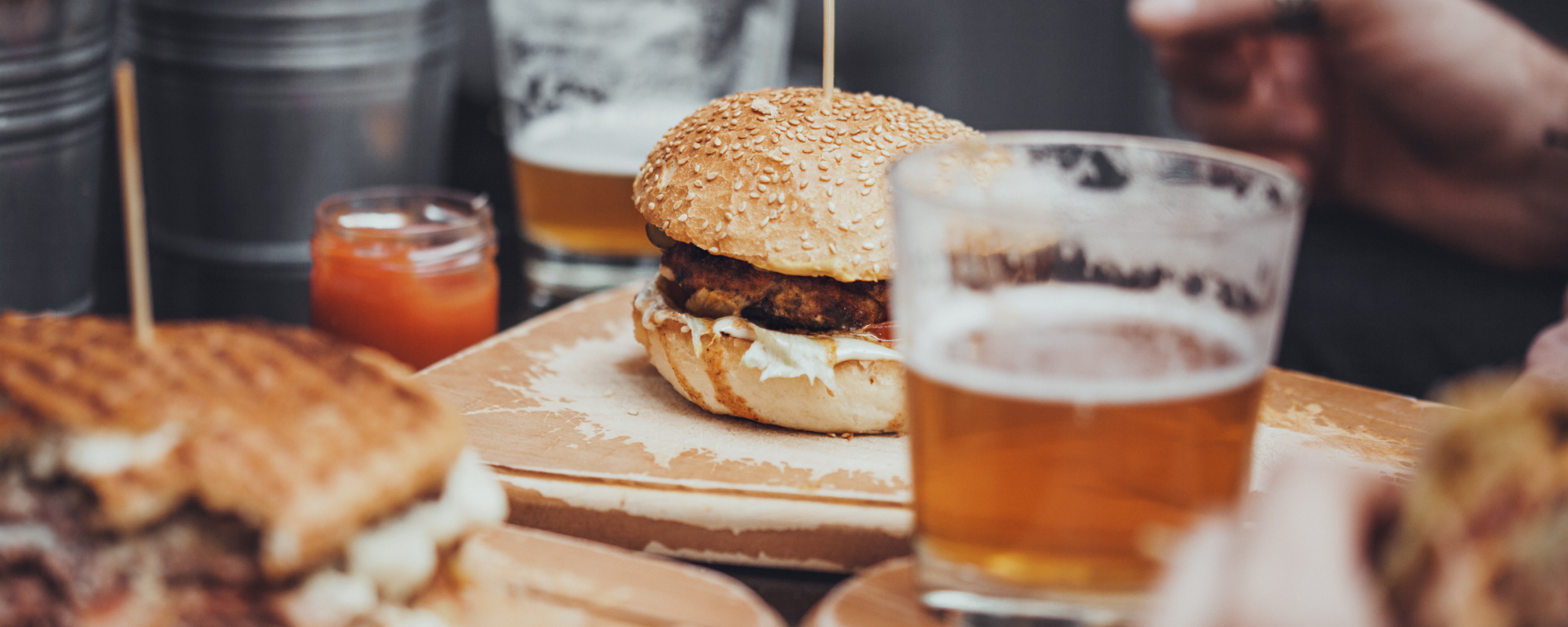 Craft Beer & Burger